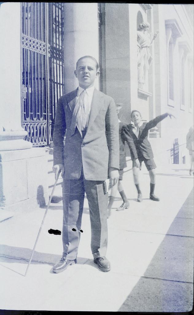 Fotografía de Eduardo Butragueño Bueno, joven en el Instituto