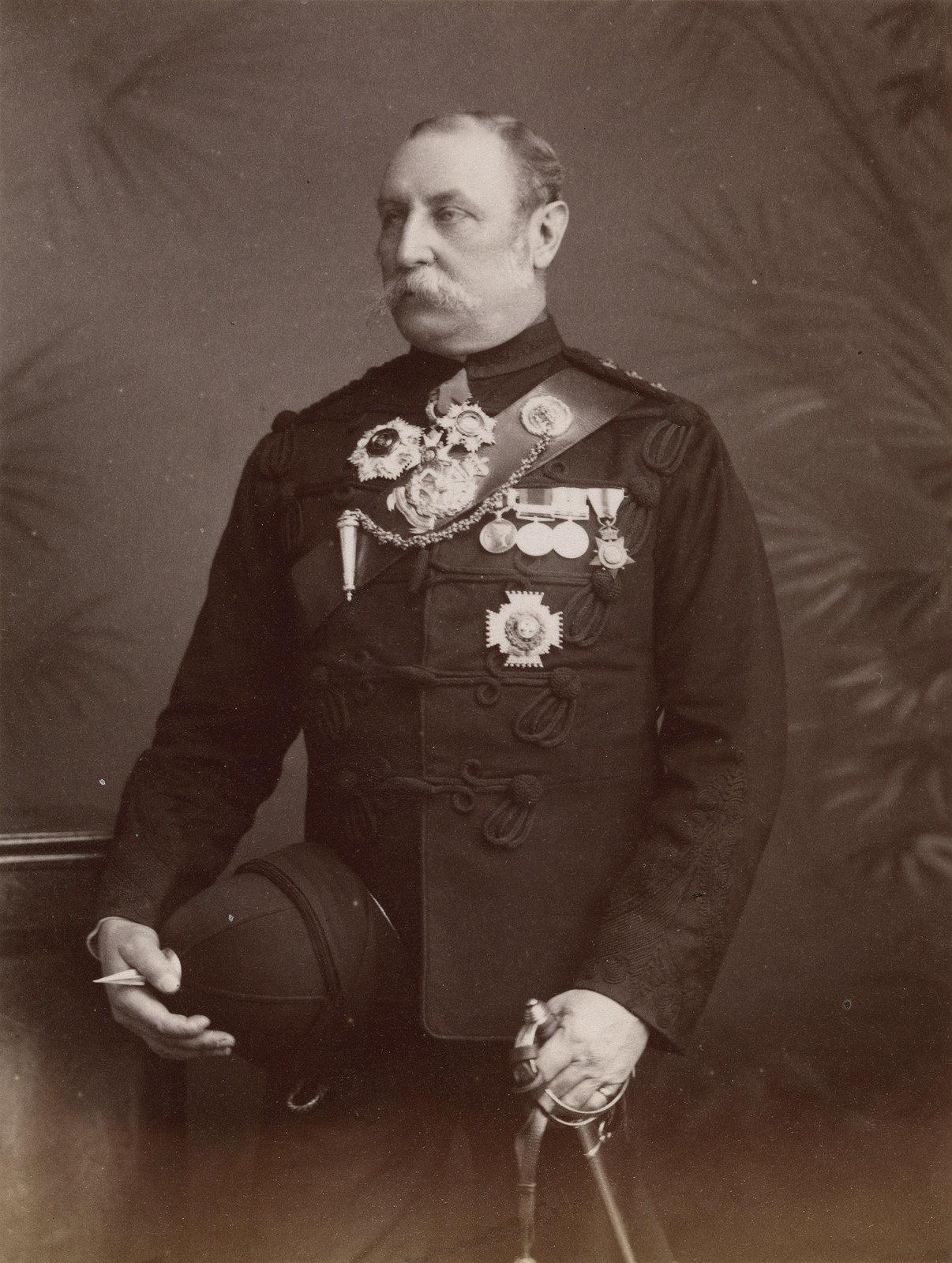 10. Генерал-лейтенант сэр Ориэль Вивиш Таннер командовал индийской бригадой во время англо-египетской войны.