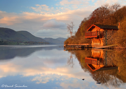 davidsnowdonphotography landscape canoneos80d lakedistrict lakedistrictnationalpark lakeland ullswater boathouse dukoofportlandboathouse reflections warm morning