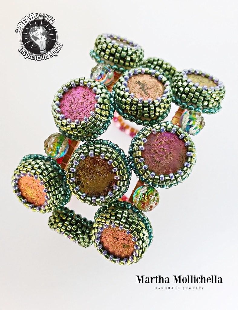 Bracelet Cuff Raw Brass Open Square 1 In Wide  Bracciale rigido, aperto e regolabile con Coin etch Jet full incastonate con perline Miyuki, Baroque Cabochon Utopia. Thank you The Beadsmith