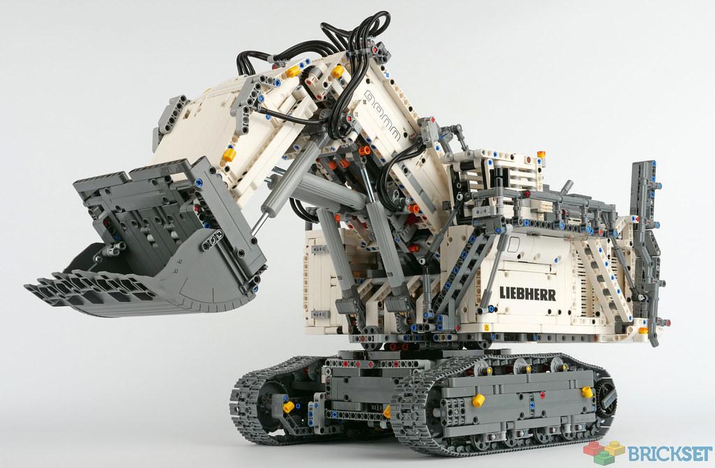 LEGO Technic 42100 Liebherr R 9800 review