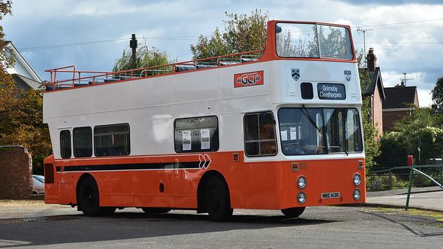 Leyland Fleetline.  MBE 613R
