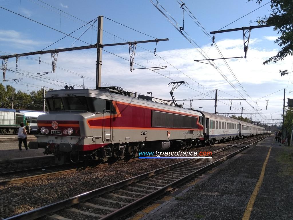 La locomotive CC6570 SNCF Alsthom en gare de Miramas