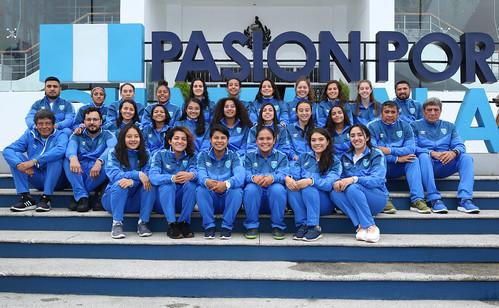 Juramentación selección femenina de futbol preolímpica