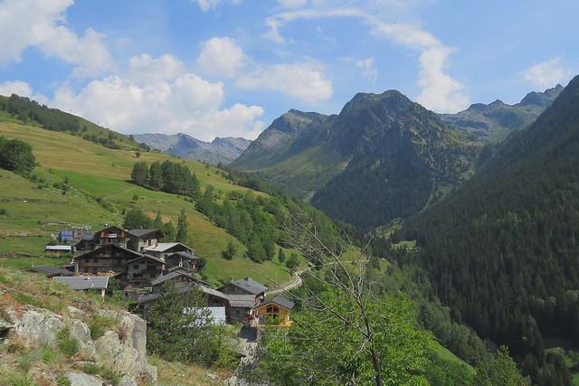 Le Montet, vu depuis le Châtelard.