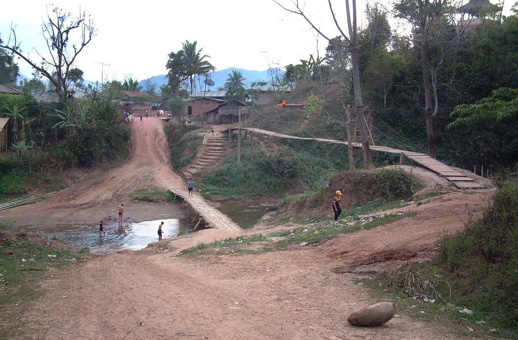 Udomxai, 10/02/2006