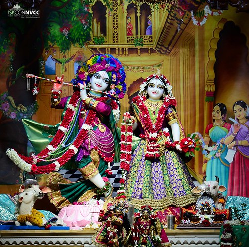 ISKCON Pune NVCC Deity Darshan 04 Oct 2019