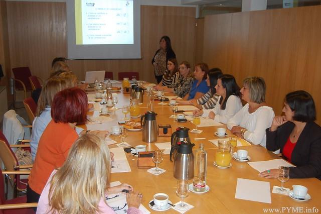 Las empresarias de Salamanca asisten al taller organizado por AESAL Imagen del primer taller de AESAL sobre selección de personal denominado Cómo trazar el perfil profesional de un candidato'.