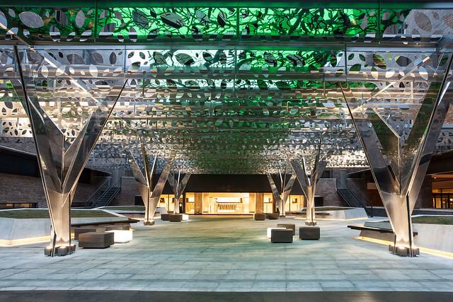 Acceso al Novotel Madrid Center