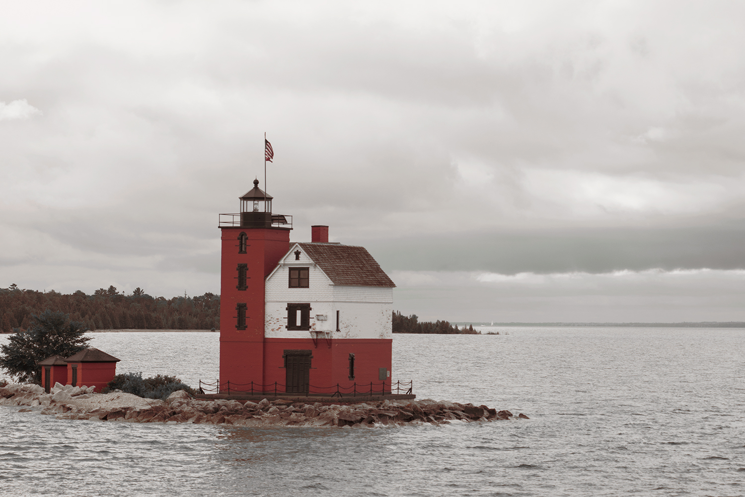 22mackinacisland-michigan-lighthouse-landscape-travel