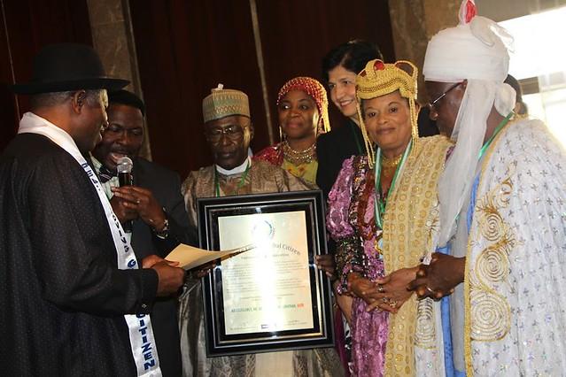 Nigeria-2015-05-27-Nigerian Ex-President Honored as Peace-Loving Global Citizen