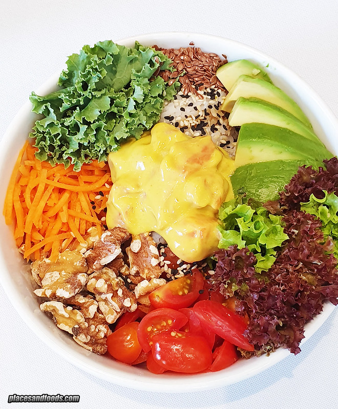 kubis and kale poke bowl