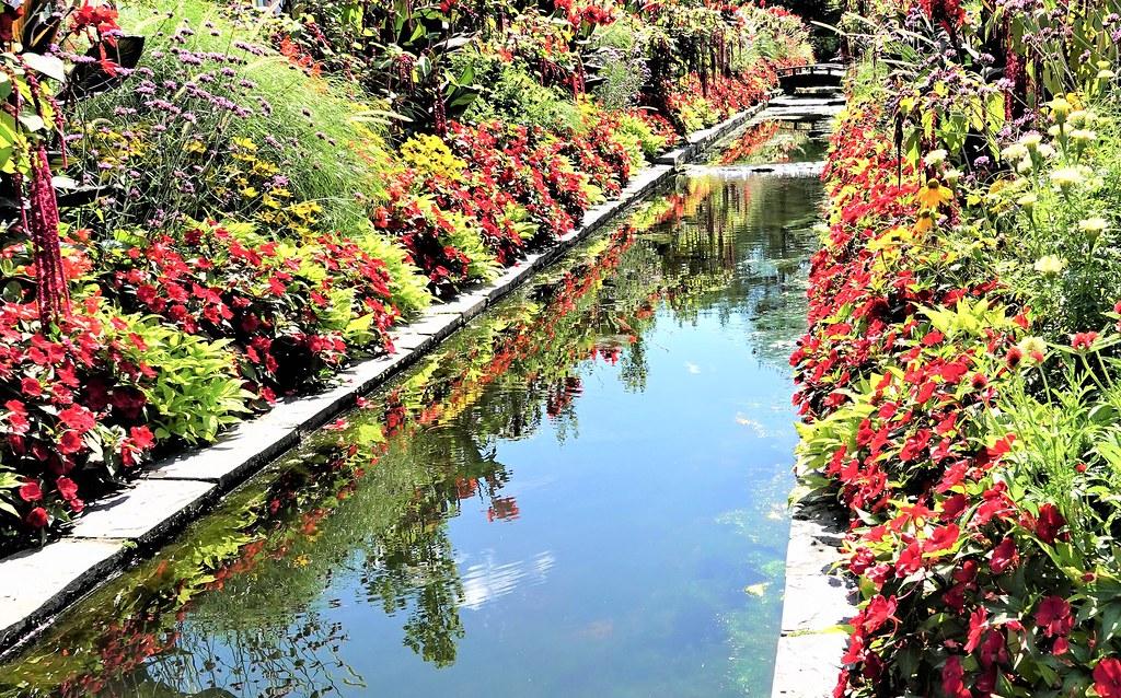 Visite à Drummondville, Qué. A very nice garden.