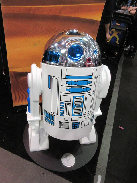 Tall Star Wars Kenner Type R2D2 Comic Con 4140