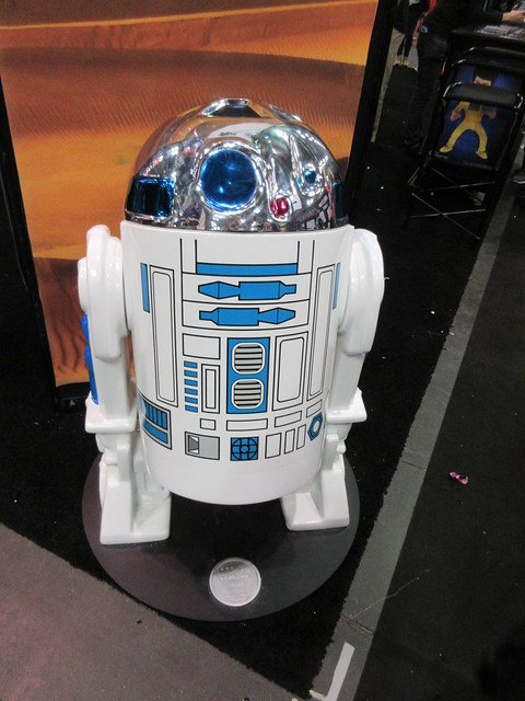 Tall Star Wars Kenner Type R2D2 Comic Con 4139