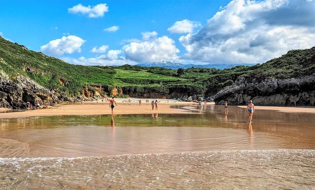 Playa del Portiellu. Poo. Asturias.