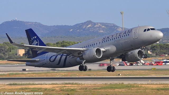 VP-BLP - Aeroflot  Russian Airlines - Airbus A320-214 (WL) - PMI/LEPA