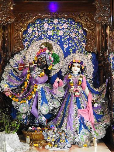 ISKCON New Mayapur Deity Darshan 04 Oct 2019