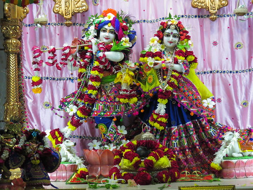 ISKCON Vallabh Vidyanagar Deity Darshan 05 Oct 2019
