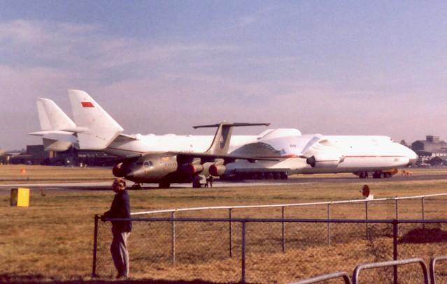 CCCP-82060 G-BSTA Farnborough International Air Show 9 September 1990