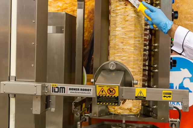 Automatische Dönerfleisch schneiden - Döner Robotu