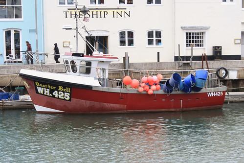 Fishing Boat WH425 QUARTER BELL Weymouth