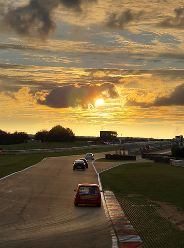 MG Metro into the sunset