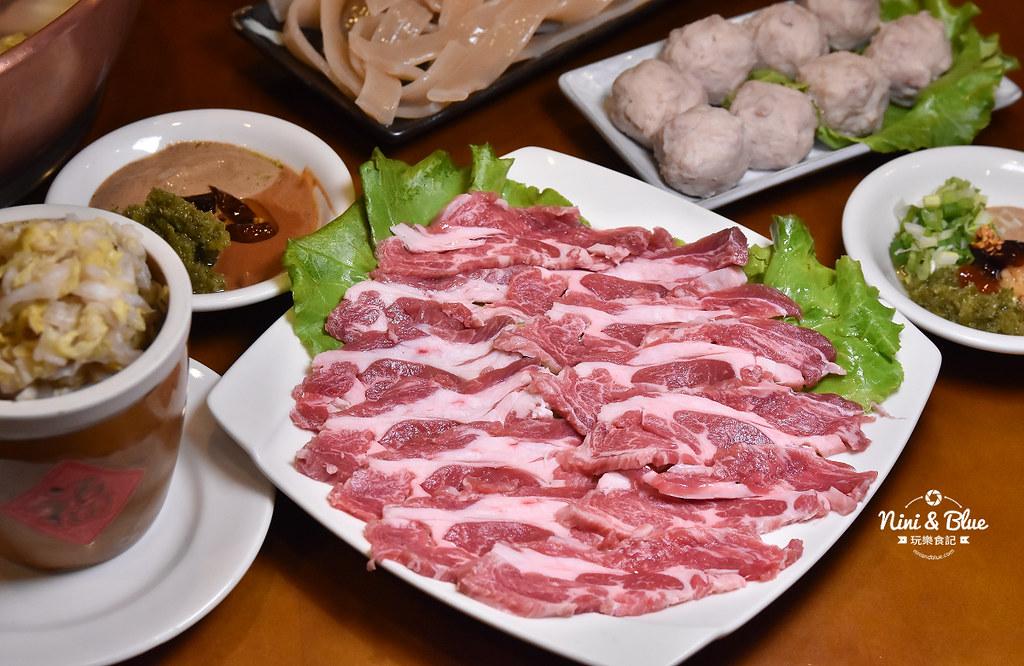 徠圍爐北方風味館 酸菜白肉鍋 菜單02