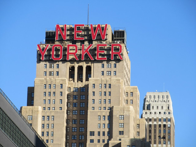 2019 The New Yorker Building Red Lettered Sign 4543