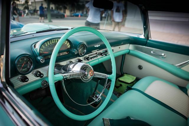 Ford Thunderbird Interior [Explored]