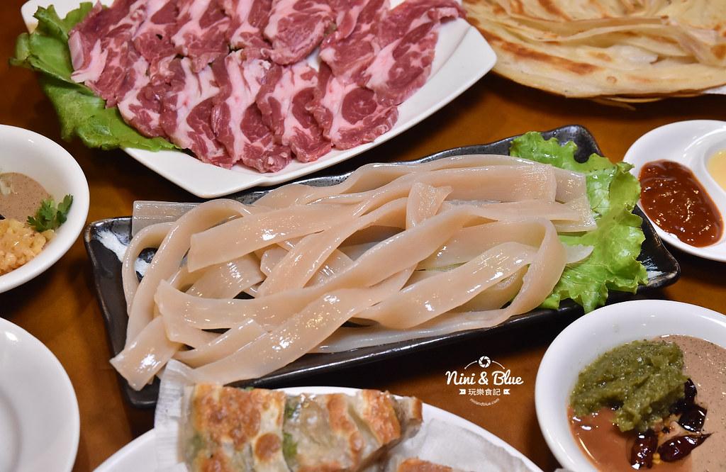 徠圍爐北方風味館 酸菜白肉鍋 菜單06