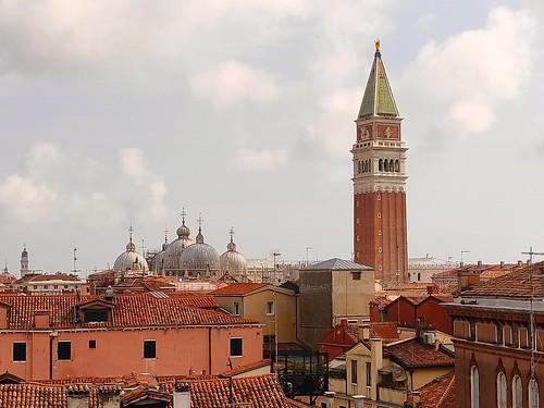 venise palais contarini tour toits campanile basiliquesaintmarc nuages bovolo