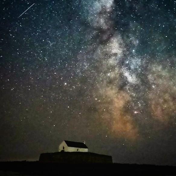 Galatic sky above st Cwyfan Ynys Môn.