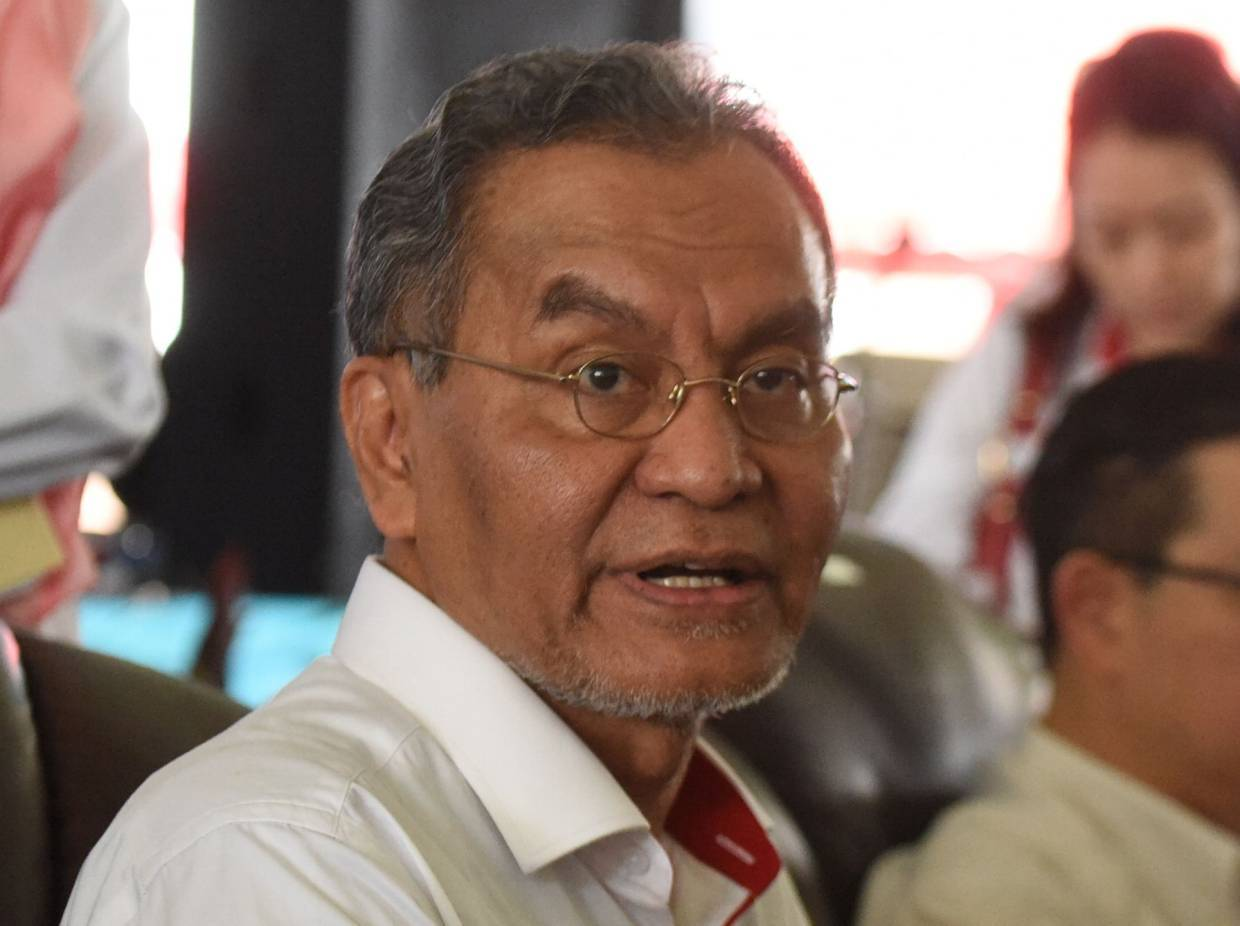 M40 group not left out in terms of medical assistance, says Dzulkefly