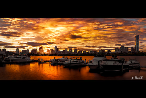 goldenhours morning sunrise sky skyline skyscraper buildings river water waterfront charlesriver cambridge boston massachusetts newengland usa sonya7iii 24mm sonyfe24105mmf40goss charlesriveryachtclub boat hancocktower glow city urban cloud color contrast stacking
