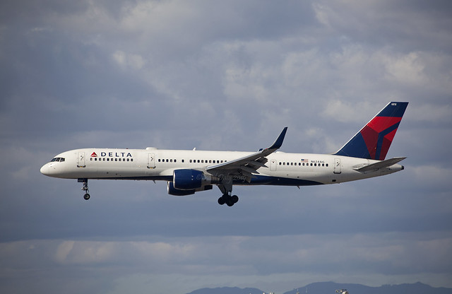 N624AG Boeing 757-2Q8 Delta Airlines