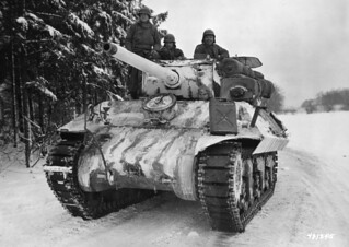 UA Army M10 Wolverine  from the 652nd tank destroyer battalion near the Belgian village of Benonsham 21st January 1945.