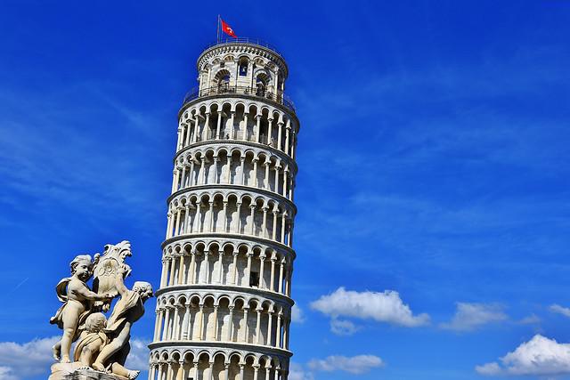 斜。塔 Leaning Tower