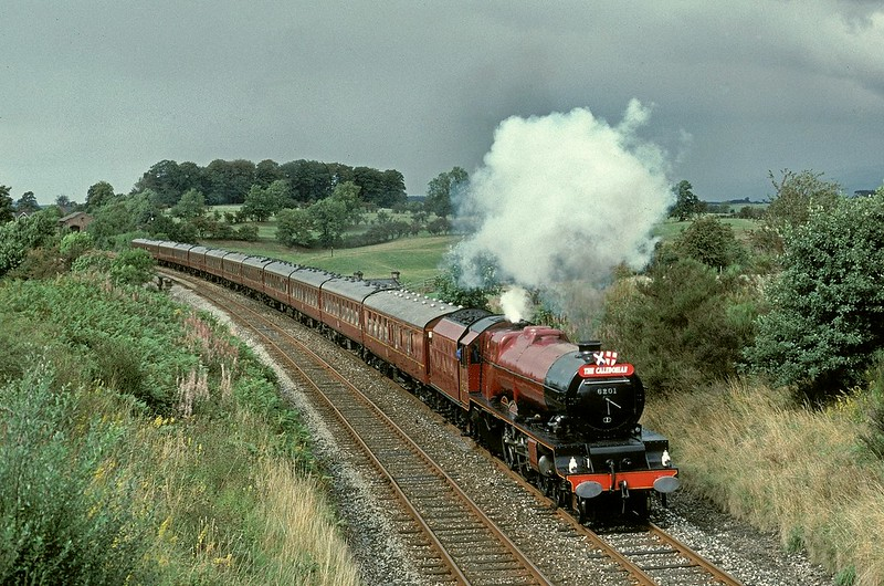 Lizzie has just crossed the viaduct with a southbound S+C trip on 29/8/1992 Copyright David Price No unauthorised use