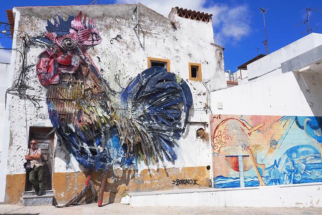 Big blue rooster, Beja, Alentejo