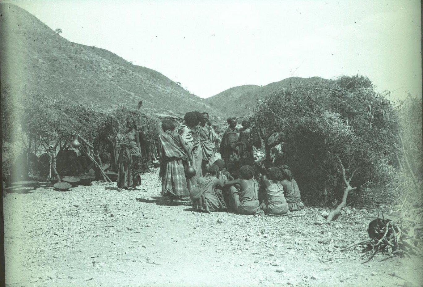183. 1899. Абиссиния. Гильдесса. Уголок на базаре