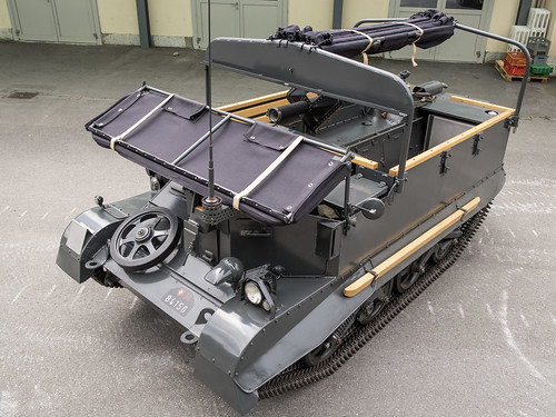 T16 Universal Carrier M-84156