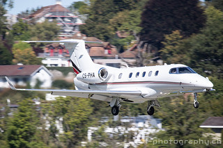 Embraer Phenom 300, CS-PHA, Net Jets Europe