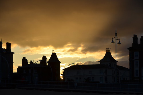 sunset light lowestoft silhouette silhouettes roof sky sunsetsky