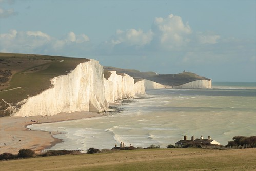 cuckmerehaven coastguardscottages eastsussex seaford sevensisters birlinggap whitecliffs england seaside dramaticview panorama