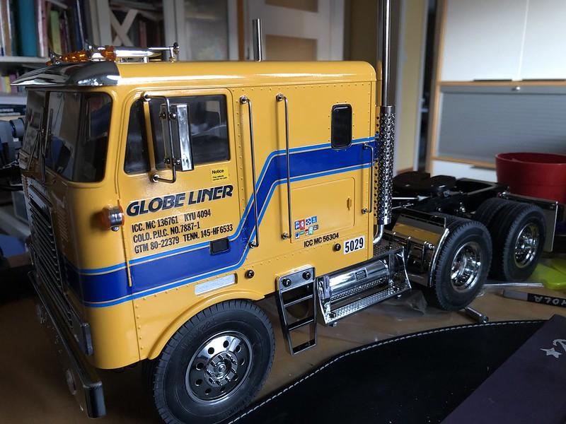 Globe Liner en Luxemburgo 48855497567_f54cf8e43d_c