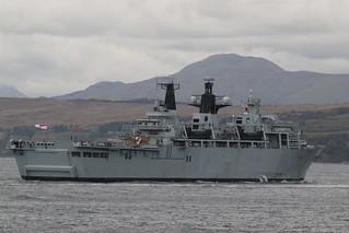 HMS Albion L14