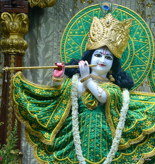 ISKCON Juhu Mangal Deity Darshan on 7th Oct 2019