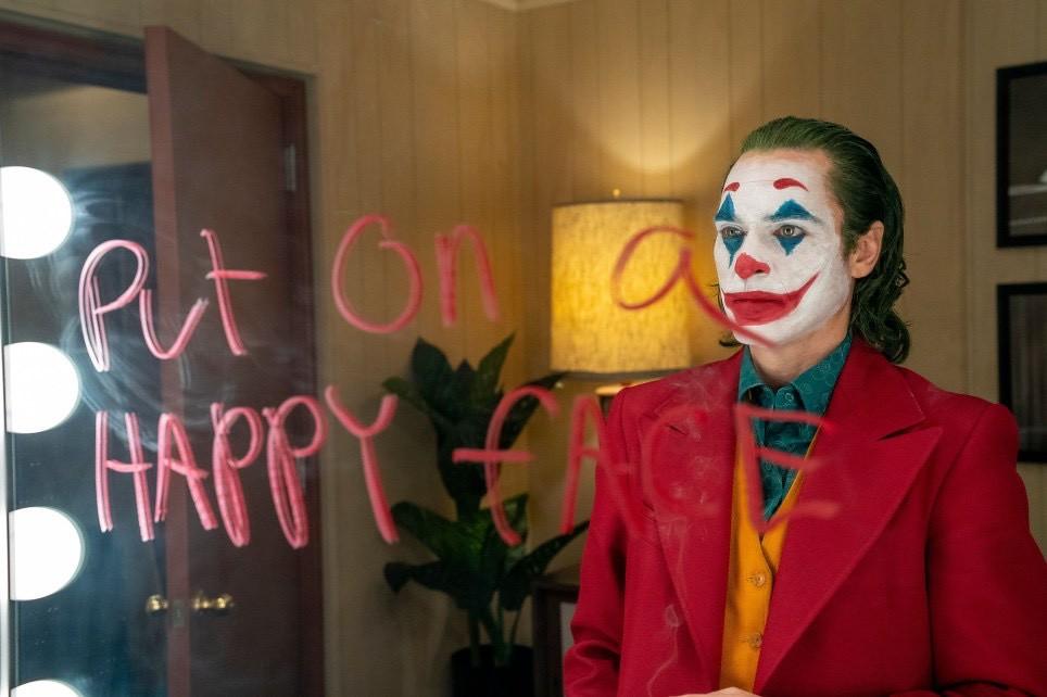 『你知道我臉上的疤是怎麼來的嗎?』小丑都會傳說溯源