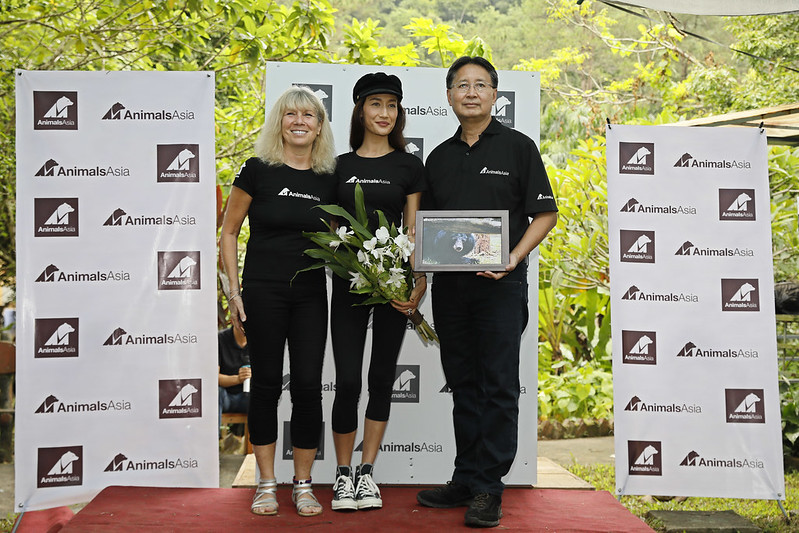 (From L to R): Animals Asia Founder and CEO Jill Robinson MBE, Maggie Q, and Vietnam Director Tuan Bendixsen